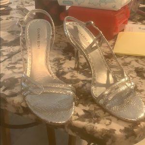 Gianni bino silver heels size 8